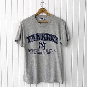 Vintage 90s New York Yankees MLB T-Shirt